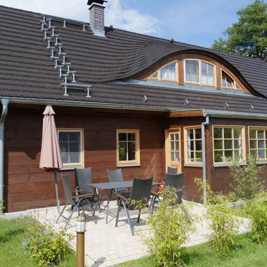 Ferienhaus »Haus anno 1750« - Mit gemütlicher Terrasse
